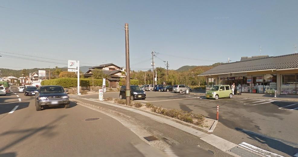 京都のコンビニも修学旅行生が多い