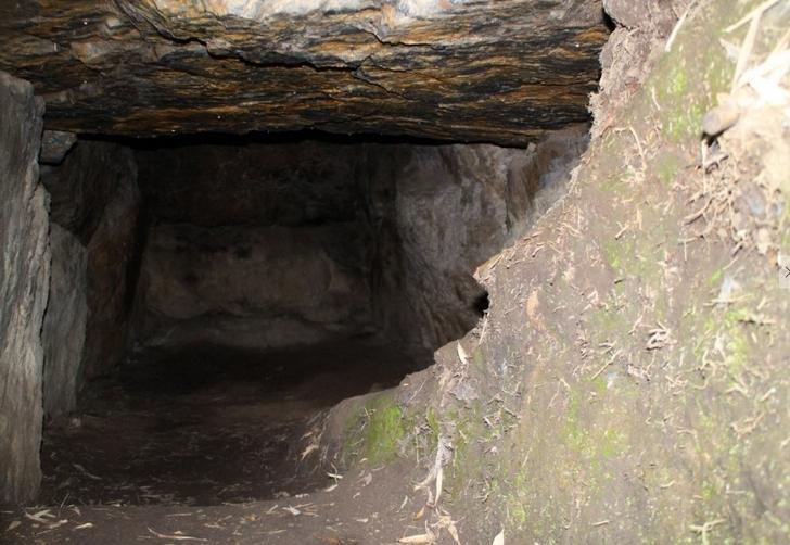狐塚古墳の石室2