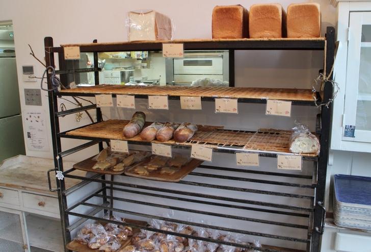 食パンとフランスパンもおいしそう!