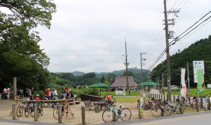自転車置き場なども完備