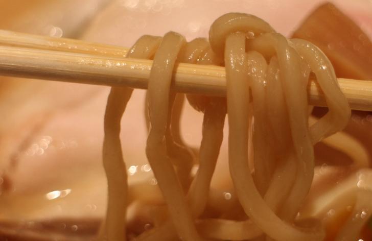 スープの味がよくわかる麺