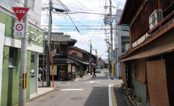 京都市内には古い住居が並んでいるところばかり