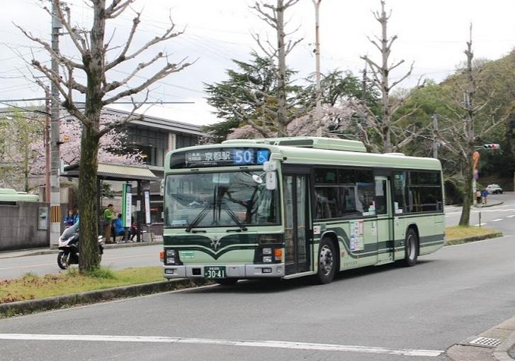 京都観光をバスでするのは時間の無駄