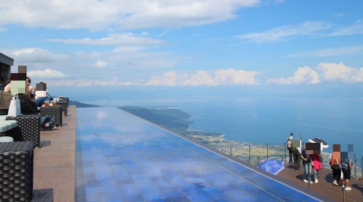 2016年夏にオープンしたばかりの「びわ湖テラス」