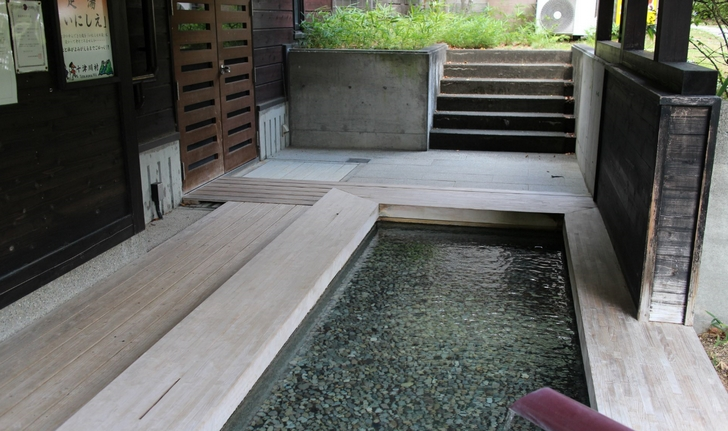 冬なら足湯ではなく温泉に入ると最高です