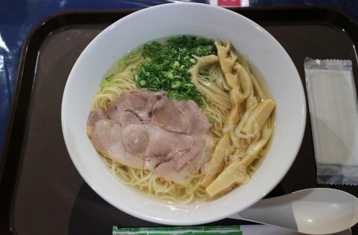 北海道で人気の「麺屋菜々兵衛」のラーメン