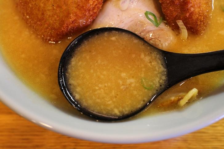 スープは本店の味にかなり近いです