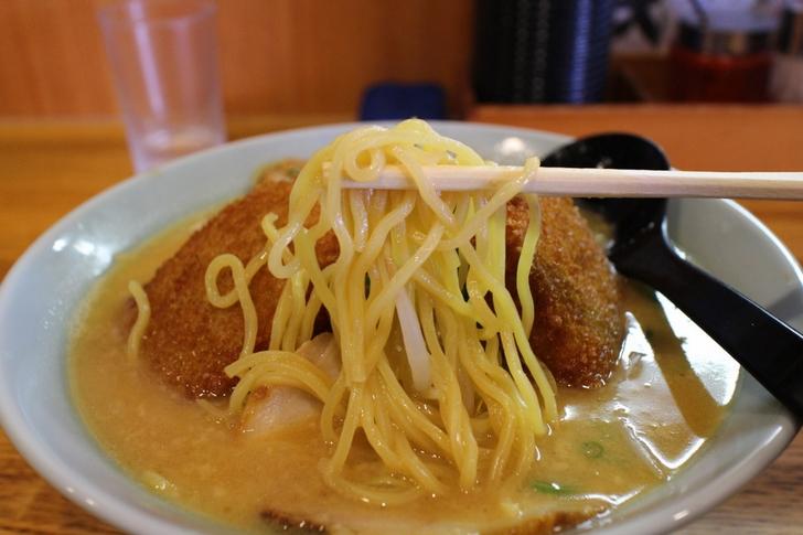 麺は京都のわりには太めの麺を使用