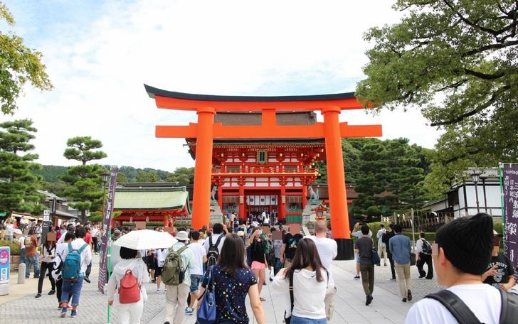 京都・伏見稲荷大社には「大大吉」の出る山頂おみくじがある???