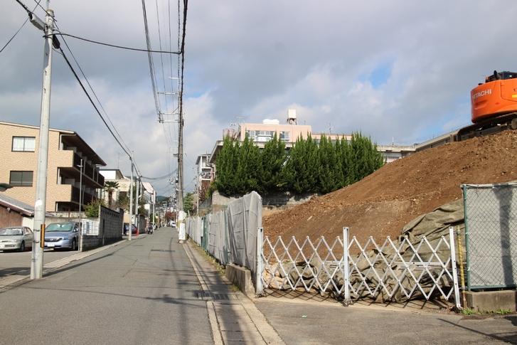 京都市北区で新しく発掘された御土居(2016年11月11日11時撮影)