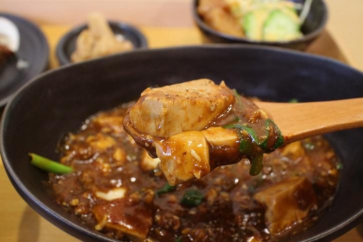 中華街で食べるような本格四川料理の味わい
