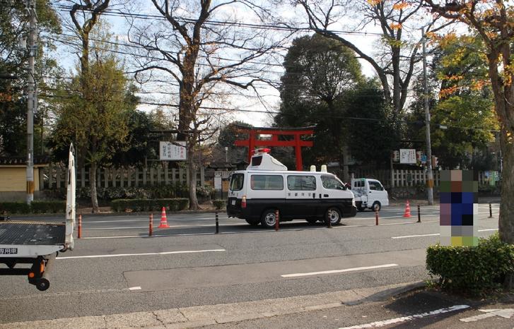12月9日 9:30頃に京都・平野神社前交差点(車線規制)