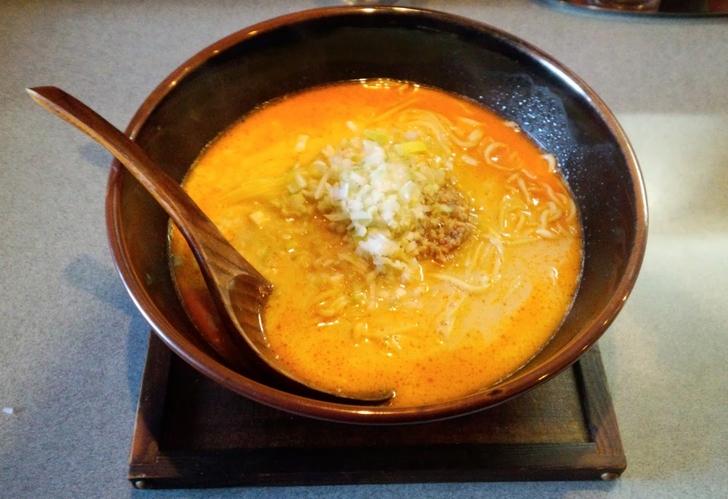 担々麺(並)700円を実食レビュー