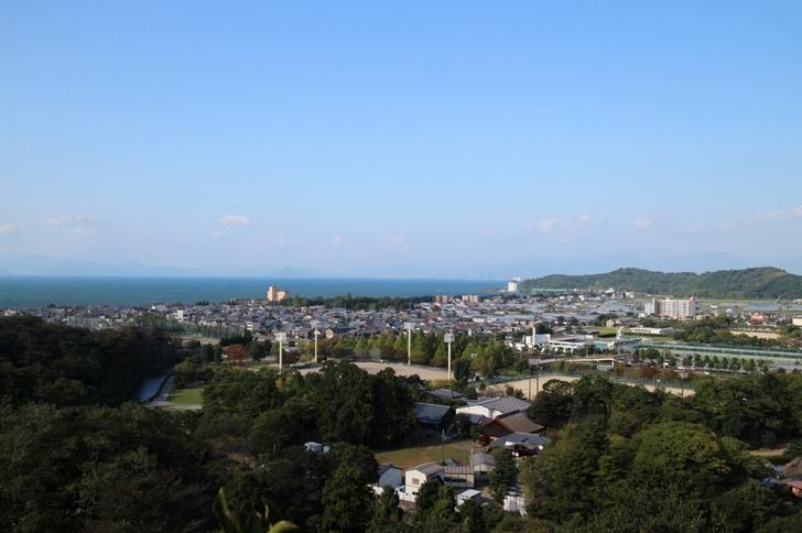 天守閣から見た琵琶湖