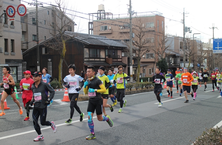 京都マラソンを走るランナーのみなさん