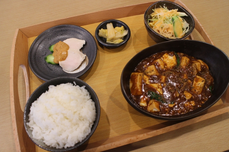 麻婆豆腐セットは食べごたえがあります