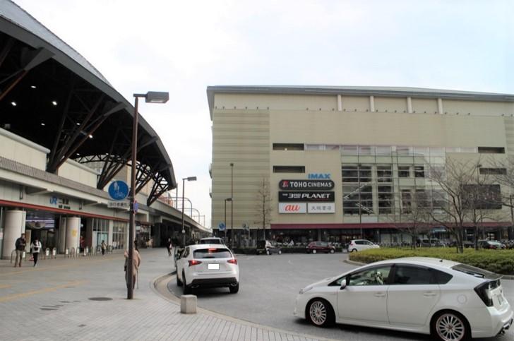 JR山陰本線「二条駅」と商業ビル「BiVi」
