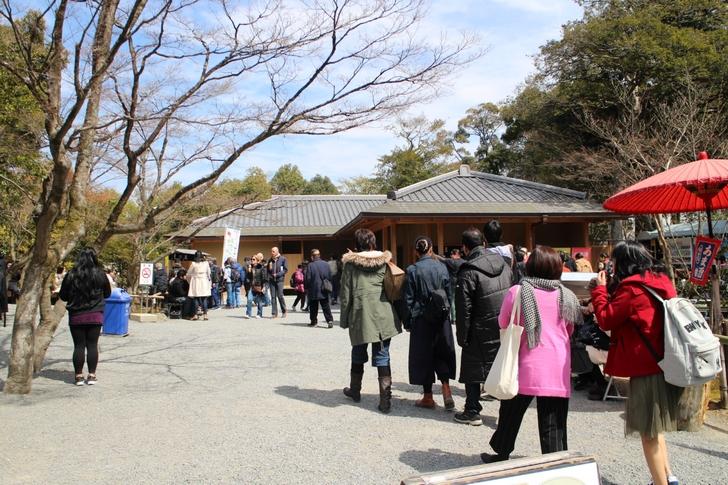 外国人観光客が多い金閣寺エリアになぜかラーメン店の出店が目立つ?!