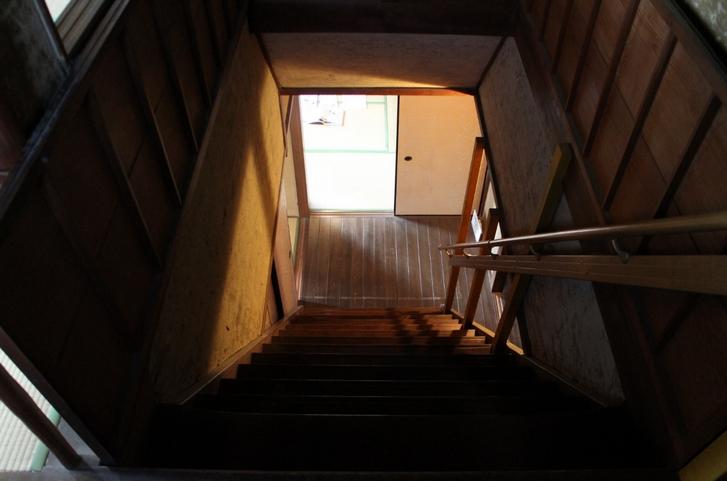 二階にあがってみましょう