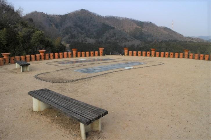 京都のピラミッドって私市円山古墳(きさいちまるやまこふん)?