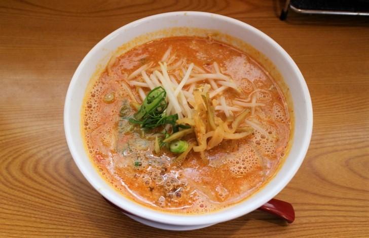 自家製胡麻タンタン麺 800円