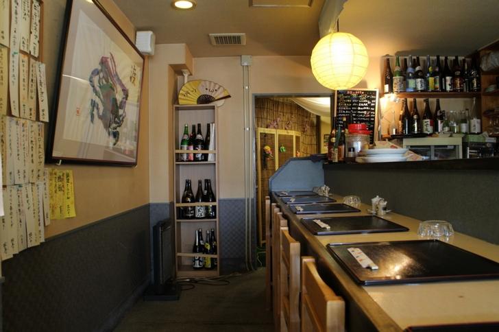 町の居酒屋さん的な店内(撮影許可済)