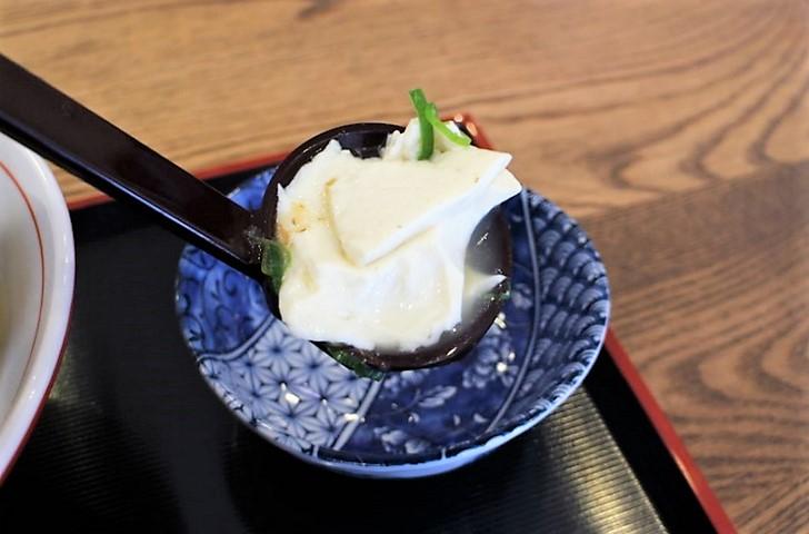お豆腐は北野天満宮近くのあの有名店の豆腐