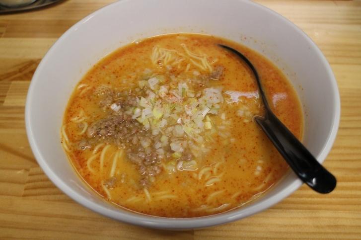 担々麺(並)750円