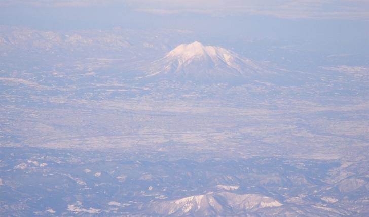 岩木山と大和沢川扇状地