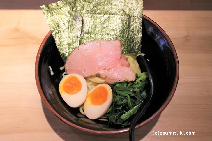 限定麺 小次郎(800円)