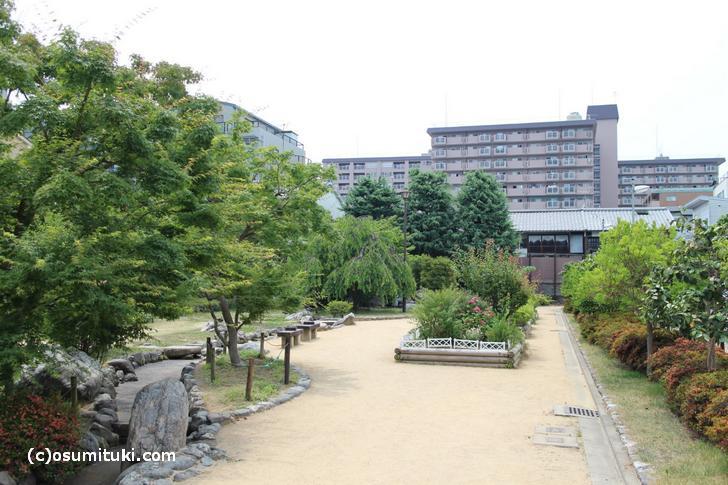 すぐ隣は「桜井公園」です