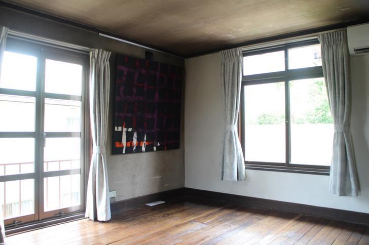 建築家らしい採光の良いお部屋ばかりです