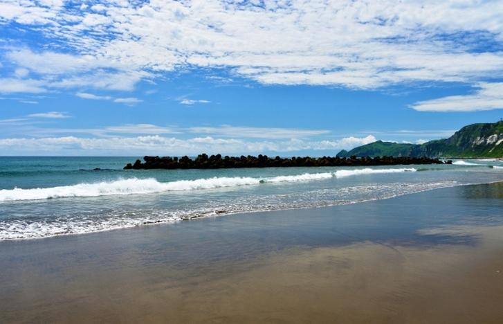 イタンキ浜でタモリさんが目撃されています