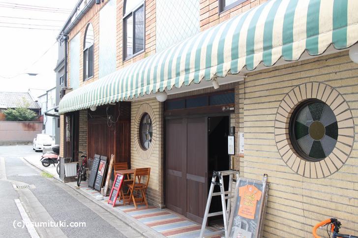 京都・五條楽園に残るカフェー建築