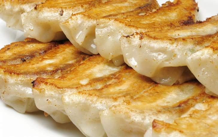 ごはんのお供として、餃子の餃天の紅白餃子が『青空レストラン』で紹介