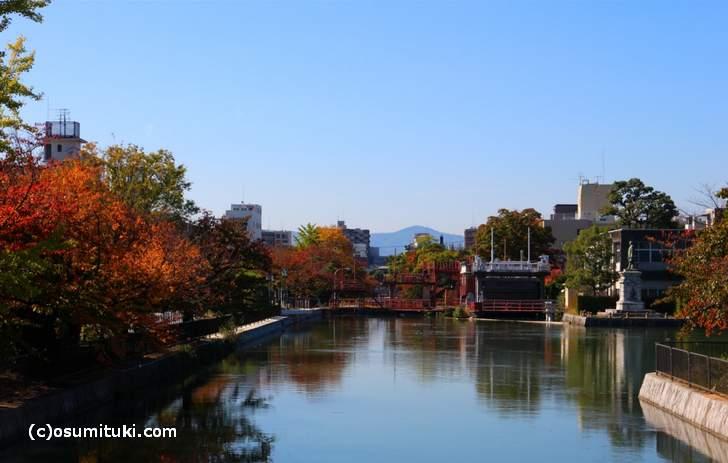 岡崎(琵琶湖)疎水「水道疎水事務所」(2017年11月1日撮影)