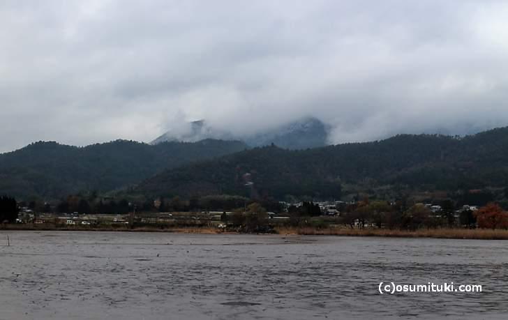 愛宕山の初冠雪(2017年12月9日撮影)
