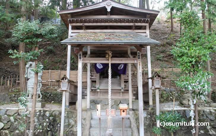 御髪神社 社殿