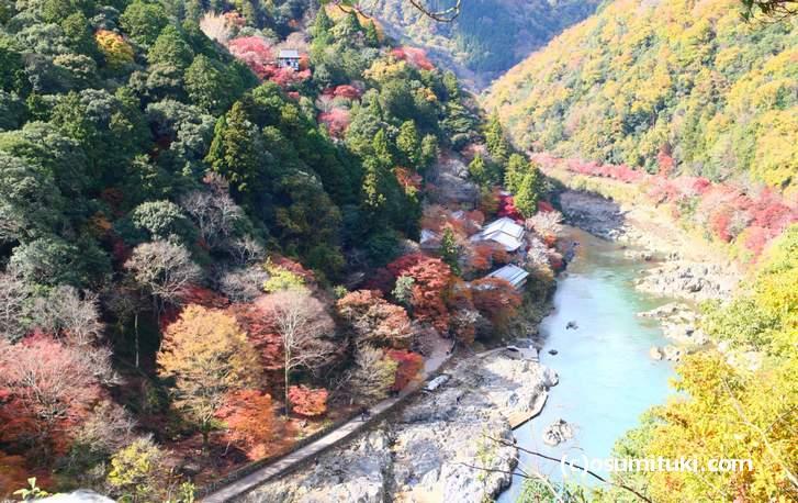 京都・嵐山の「星のや京都」全景