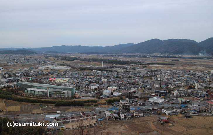 平和台公園展望台から見た亀岡市