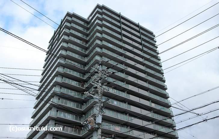 メディアス亀岡5番館の最上階が鷹狐の自宅