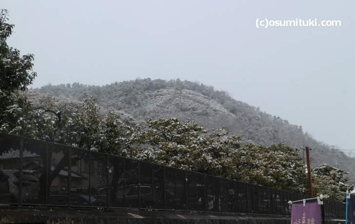 金閣寺から見た左大文字(2018年1月27日11時頃に撮影)
