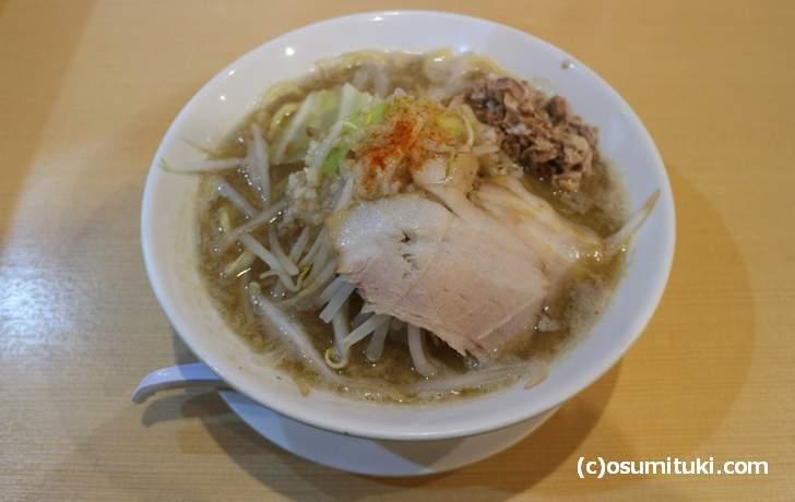 煮干し版のラーメン二郎
