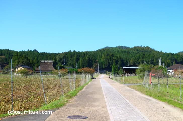 京北の「山国」エリアに近い、弓削(ゆげ)という所にあります