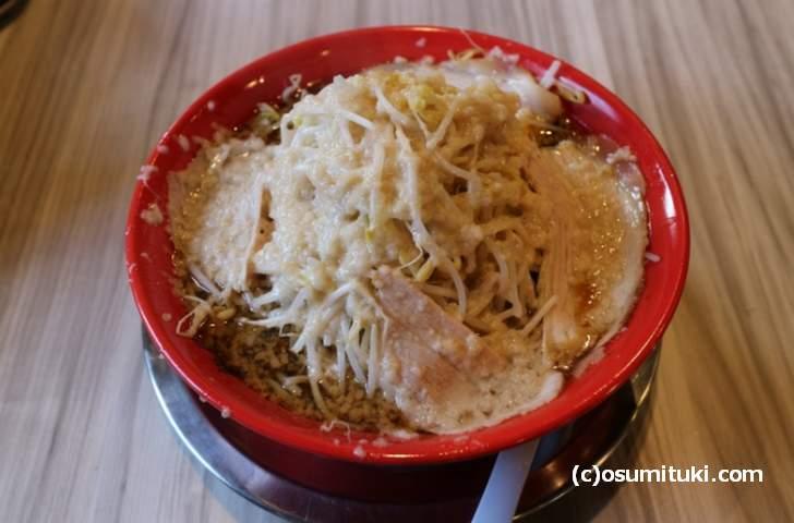 麺屋龍仙(800円、麺200g、ニンニクあり、コール不可)