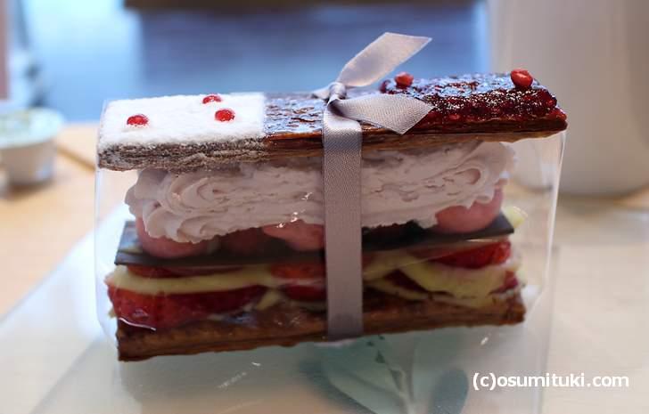 インスタ映えするケーキ「苺のミルフィーユ」