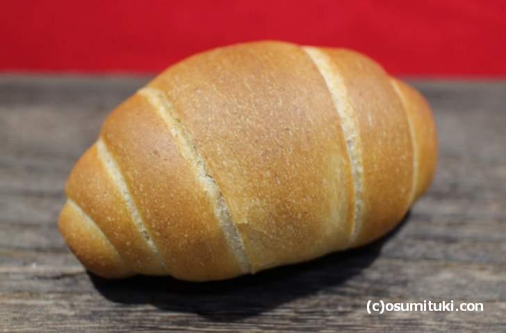 La Boulange ASANO(アサノ)のロールパン、しっかりとしたカリッとしたパンです