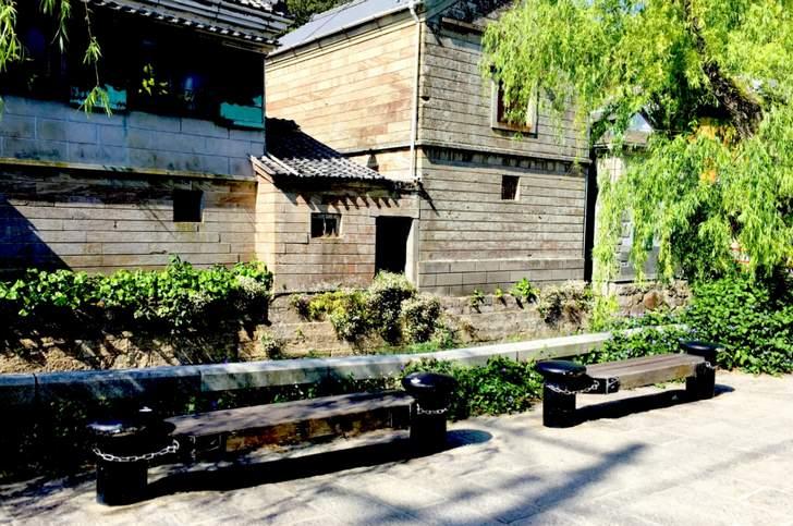 下田のペリーロードにある伊豆石で出来た壁をタモリさんは見たようです