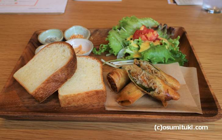 季節のお野菜の豆腐ポタージュセット(1000円)これにスープが付きます