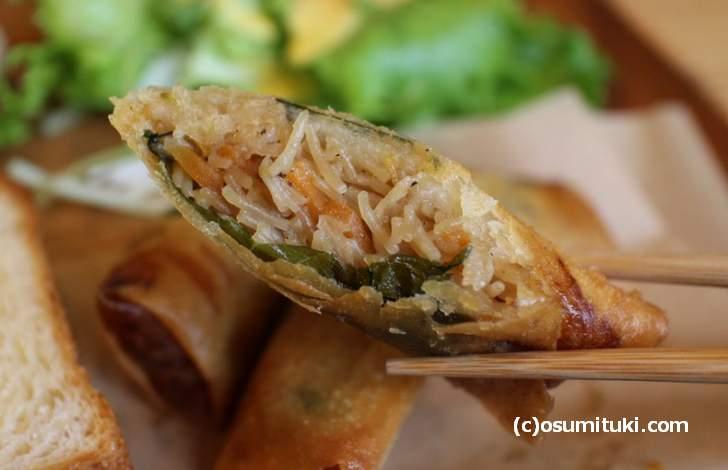 切り干し大根とビーフンの春巻き、どの料理も味はシッカリとしています